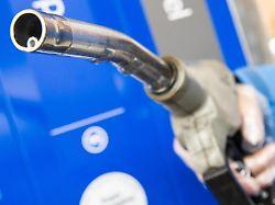 Schulze sieht Exportchancen: E-Fuels lassen Autofahrer hoffen - zu Recht?