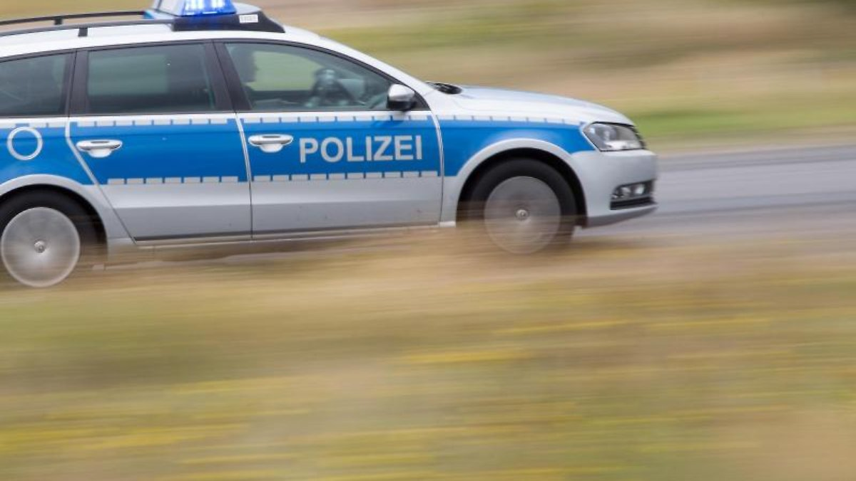 Betrunkener Reichsbürger greift Polizisten an