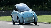Soll die Lücke zwischen Auto und Motorrad füllen: Nissan Land Glider.