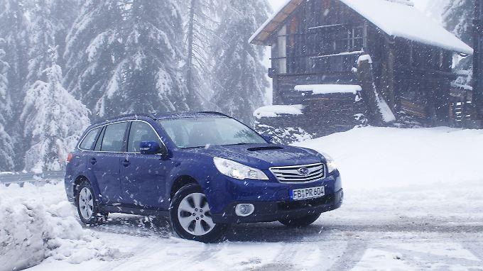Da wühlt er sich hoch: Die Geländefähigkeiten sind bei Subaru-Fahrzeugen fast in den Genen mitgegeben.