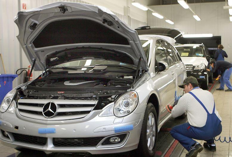 Sind Sie zufrieden mit Ihrem Auto, Ihrer Marke und Ihrer Fachwerkstatt? Der ADAC befragt alljährlich zehntausende, interessierte Autofahrer nach der Zufriedenheit mit ihrem Autohersteller.