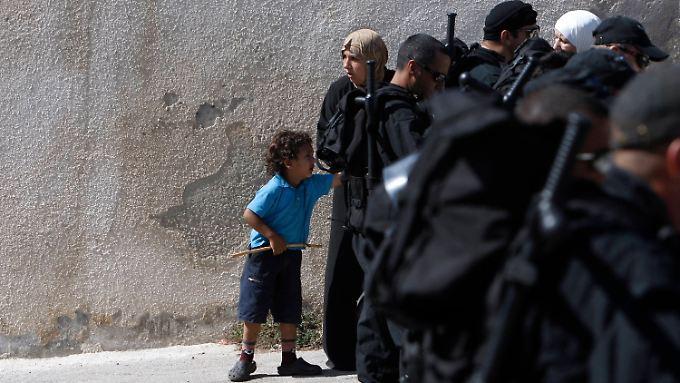 Palästinenser nach der Räumung.