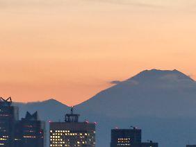 Der Fuji liegt nahe Tokio.