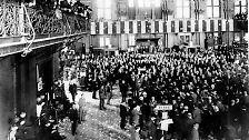 Der erste Börsencrash des vergangenen Jahrhunderts ereignet sich wenige Jahre nach der Jahrhundertwende: 1907. Es ist der drittgrößte Börsencrash der Geschichte. Nach einer mehrjährigen Hausse hat sich der Aktienmarkt heißgelaufen. Am 12. Januar 1906 ...