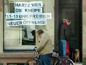 Hartz IV-Kneipe: Hier muss das Bier billig sein.