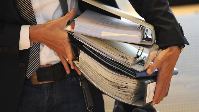 Die Aufarbeitung der NSU-Morde ergab 1000 Ordner Akten.