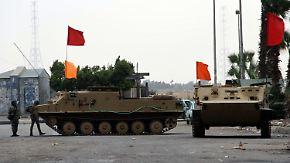 Gewalt in Ägypten hält an: Militär bekommt wieder mehr Rechte
