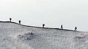Türkische Soldaten auf Patrouille. In Grenznähe kam es immer wieder zu Zusammenstößen.