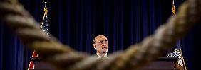 US-Konjunktur hängt in den Seilen: Fed flutet weiter