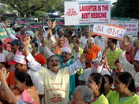Indien feiert den Weltlachtag: Lachen ist die beste Medizin.