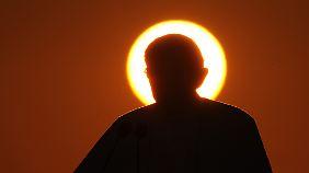 Der schweigsame Papst: Skandale unter Benedikt XVI.