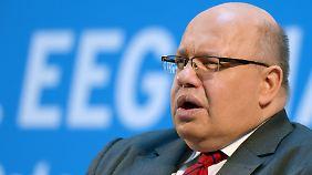Altmaier sieht als Grund für den Preisanstieg den Ausbau alternativer Energien.