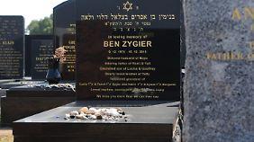 Der Grabstein für Ben Zygier, alias Ben Alon, auf dem jüdischen Friedhof in Melbourne.