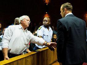 Pistorius und sein Vater im Gerichtssaal.