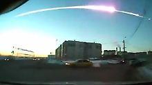 Auch zukünftig nicht vorherzusehen: Ein Meteorit von etwa 15 Metern Größe explodiert über dem Ural.