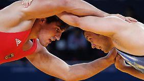 Achtung, Wortspiel: Die Ringer ringen um den Verbleib bei Olympia.