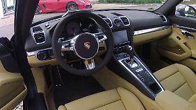 Eigenwillige Lederfarben gehören schon immer zu den Besonderheiten eines Porsche.