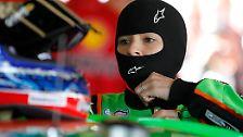 2012 wechselt sie dann in die NASCAR-Königsklasse. Und mischt hier gerade gnadenlos die männliche Konkurrenz auf. Denn die war schon immer eine Männerdomaine. Denn die Geschichte der NASCAR beginnt ...