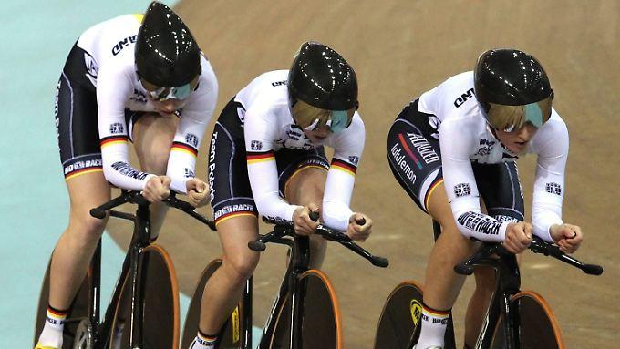 Weltmeister: René Enders, Stefan Bötticher und Maximilian Levy.
