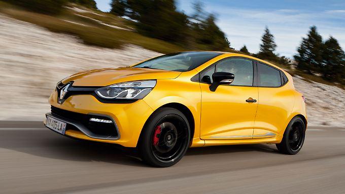 Mit einer Motorleistung von 200 PS übertrifft der Clio RS die meisten seiner Mitbewerber.