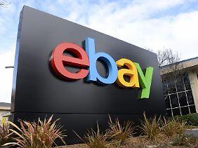 Ebay ist rechtlich verpflichtet, eindeutige Fotos von der Seite zu nehmen, sobald die gemeldet werden. Das Unternehmen soll dem nicht immer nachgekommen sein.