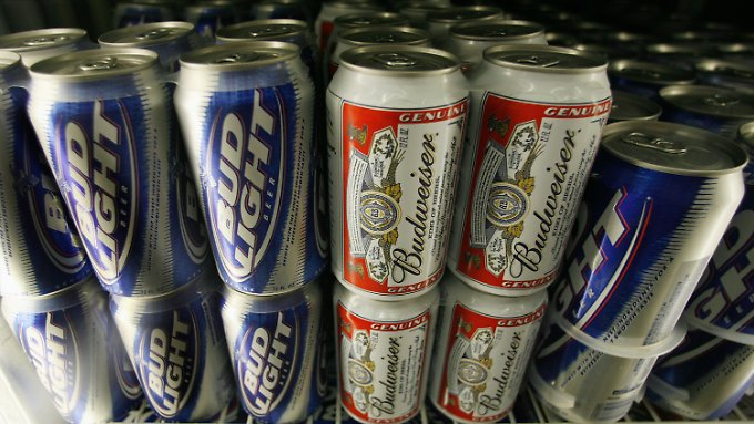 Gestrecktes Budweiser? US-Verbraucher klagen.