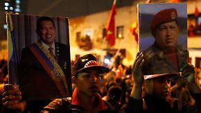 Venezuela ohne Staatschef: Hugo Chávez erliegt Krebsleiden