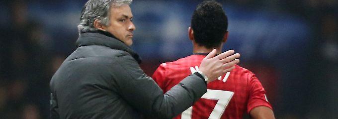 Trost von Mourinho: Nani nach seinem Platzverweis.