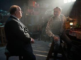 In seinen Träumen begegnet Hitchcock immer wieder dem Mörder Ed Gein (Michael Wincott).