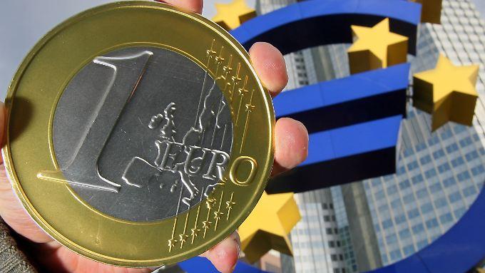 Die EZB gibt die Richtung vor: Wie äußert sich Draghi?