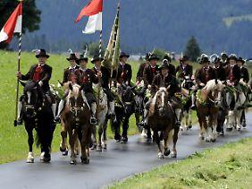 Ach, wie schön ist doch Brixen in Südtirol (Bild von einer Fronleichnams-Prozession 2009).