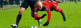 Abgeschmiert: Bei den Bayern hängt derzeit nicht nur Arjen Robben in der Luft.