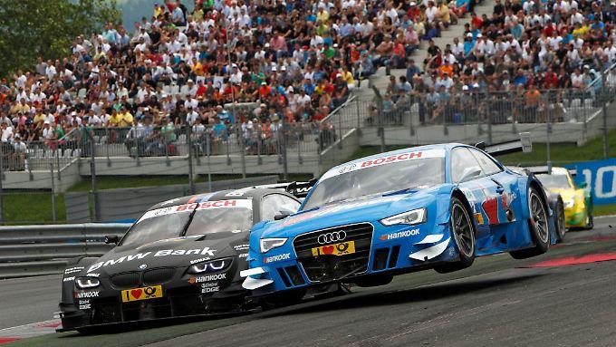 Nicht nur beim Thema Rendite liefern sich BMW und Audi ein Kopf-an-Kopf-Rennen: In der vergangenen DTM-Saison sah es genauso aus. Dort hatte am Ende aber BMW die Nase vorn.