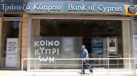 Zyprische Sondersteuer: Bürger sollen Banken retten