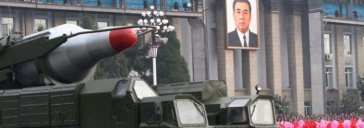 Mittelstreckenrakete startklar: Welt befürchtet Angriff Nordkoreas