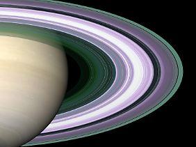 Die Geschichte der Saturn-Ringe ist noch immer ungeklärt.