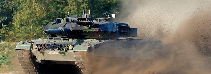 60 Tonnen schwerer Exportschlager mit Kanone: An Ersatzteilen und Upgrades des Leopard 2 kann KMW jahrzehntelang verdienen.