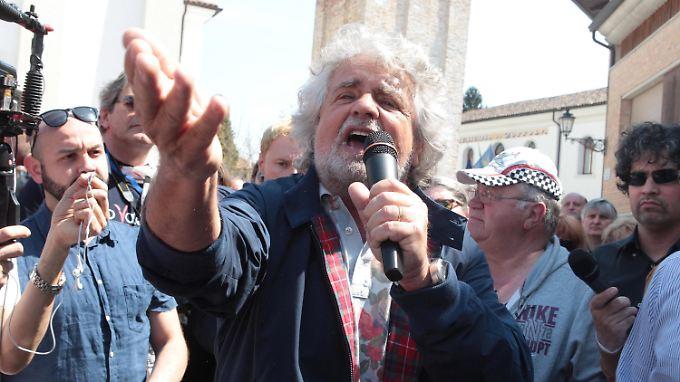 Grillo ist ein Fensehstar in Italien.