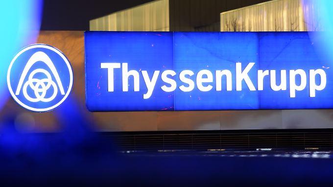 Das Desaster in Übersee kostet Jobs: ThyssenKrupp streicht weltweit 3000 Stellen.