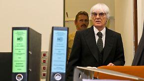 Ecclestone drohen zehn Jahre Knast: Formel 1-Boss angeklagt wegen Bestechung