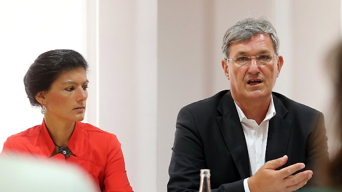 Sahra Wagenknecht und Bernd Riexinger wollen den Euro noch nicht aufgeben.
