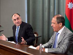 Zoff um den ESC: Die Außenminister Aserbaidschans und Russlands, Elmar Mamedjarow (l.) und Sergej Lawrow.