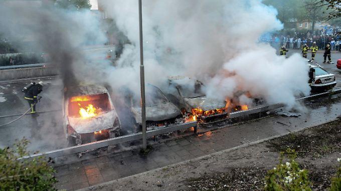 Die Schweden stehen ratlos vor der aufflammenden Gewalt. Dabei sind die Probleme hausgemacht.