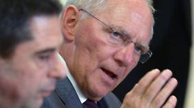 Schäuble mit seinem portugiesischen Amtskollegen Gaspar.