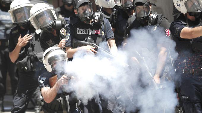 Protestwelle nach Parkräumung in der Türkei: Unmut über Erdogan führt zu Straßenschlachten
