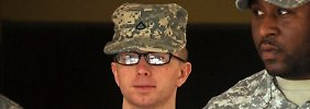 Manning auf dem Weg zu einer Voranhörung.