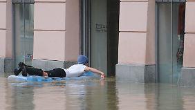Scheitelpunkt noch nicht erreicht: Passau verliert den Kampf gegen das Wasser