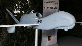 """Ein Model der """"Euro Hawk""""-Aufklärungsdrohne"""