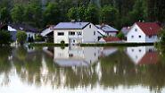 Hochwasserlage bleibt prekär: Magdeburg zittert vor den Fluten