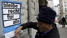 Gegner und Gegnerinnen des neues Asylgesetzes müssen eine herbe Niederlage einstecken. 78% der Schweizer stimmen für die härteren Asylgesetze